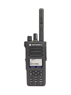 DP4800e, MOTOTRBO DP4000e SERIES TM YOU'RE COMPLETELY CONNECTED With this dynamic evolution of MOTOTRBO digital two-way radios, you're better connected, safer and more productive. The DP4000e Series is designed for the skilled professional who refuses to compromise. With high performance integrated voice and data, and advanced features for efficient operation, these next-generation radios deliver complete connectivity to your organisation.