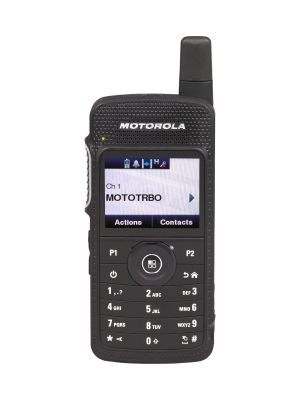 SL4000e, MOTOTRBO SL4000e SERIES TM YOU'RE SMARTER, CONNECTED With this dynamic evolution of MOTOTRBO digital two-way radios, you're smarter, better connected and more productive. The SL4000e Series is designed for the manager who needs complete control. With a slim and light form factor incorporating high performance integrated voice and data, these next-generation radios deliver smart connectivity to your organisation.